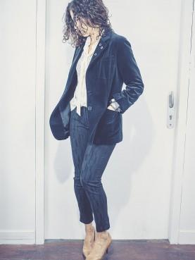 pantalon noir à motifs