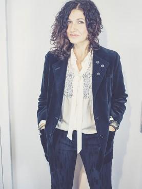 veste velvet noir avec oeillets TS