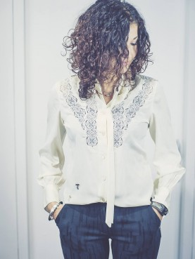Ivory silk top upcycling vintage
