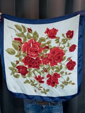 Foulard imprimé roses