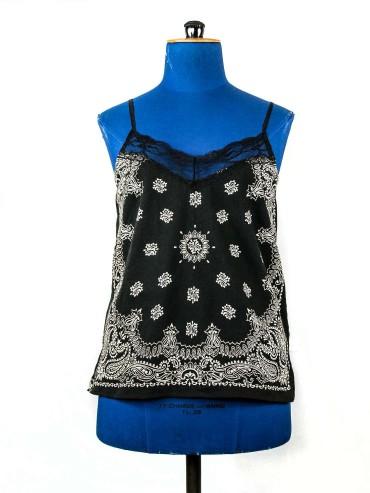 Black top bandana