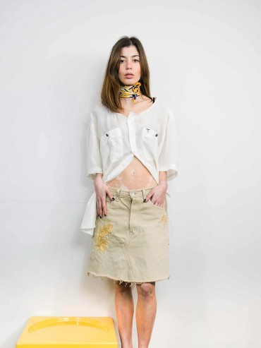 Beige embroidered denim skirt